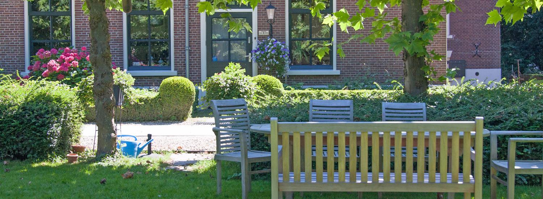 De tuin van Boerenhofstede de Overhorn Weesp